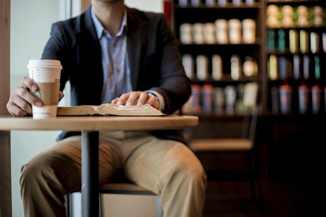 Les clients de Starbucks peuvent désormais payer leur café en Bitcoin grâce à Bakkt